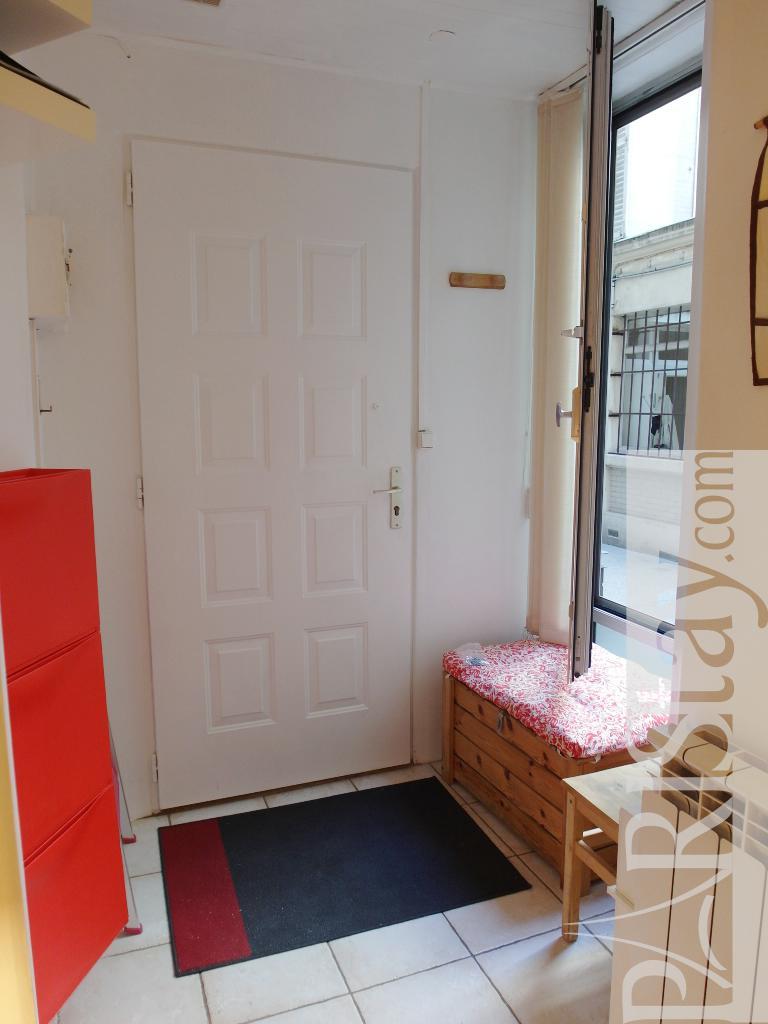 Paris Location Meubl E Appartement Type T1 Studio Blanche