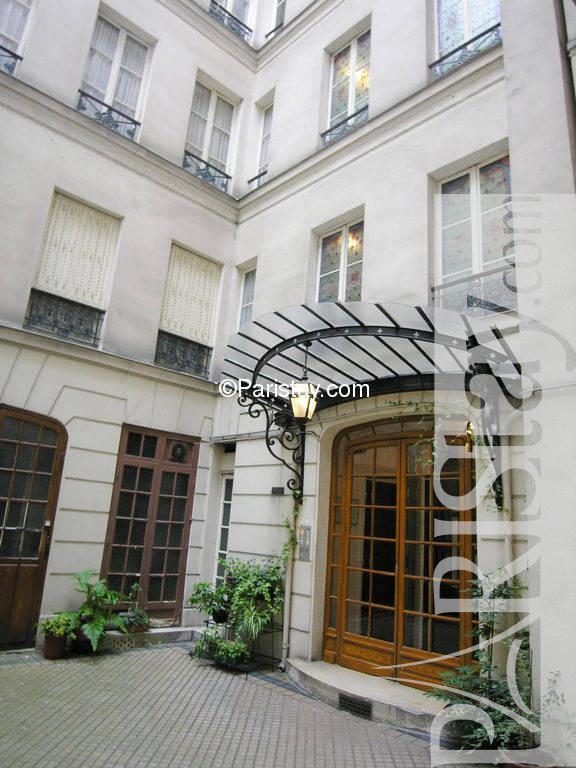 paris location meubl e appartement type t1 etudiant studio madame 67. Black Bedroom Furniture Sets. Home Design Ideas