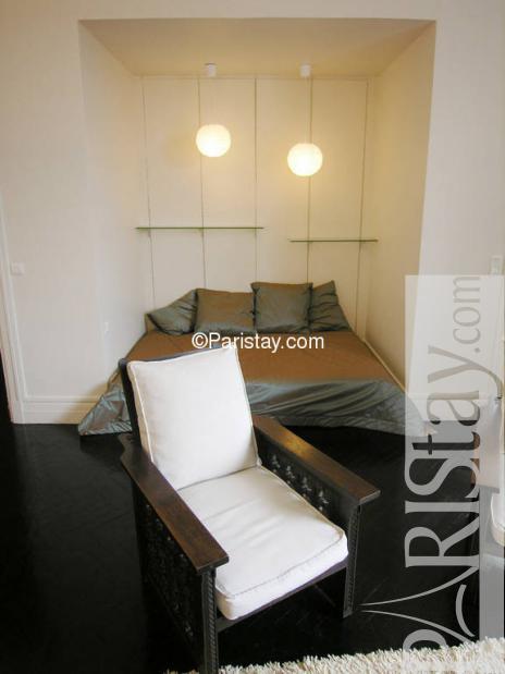 paris location meubl e appartement type t1 studio vauban. Black Bedroom Furniture Sets. Home Design Ideas
