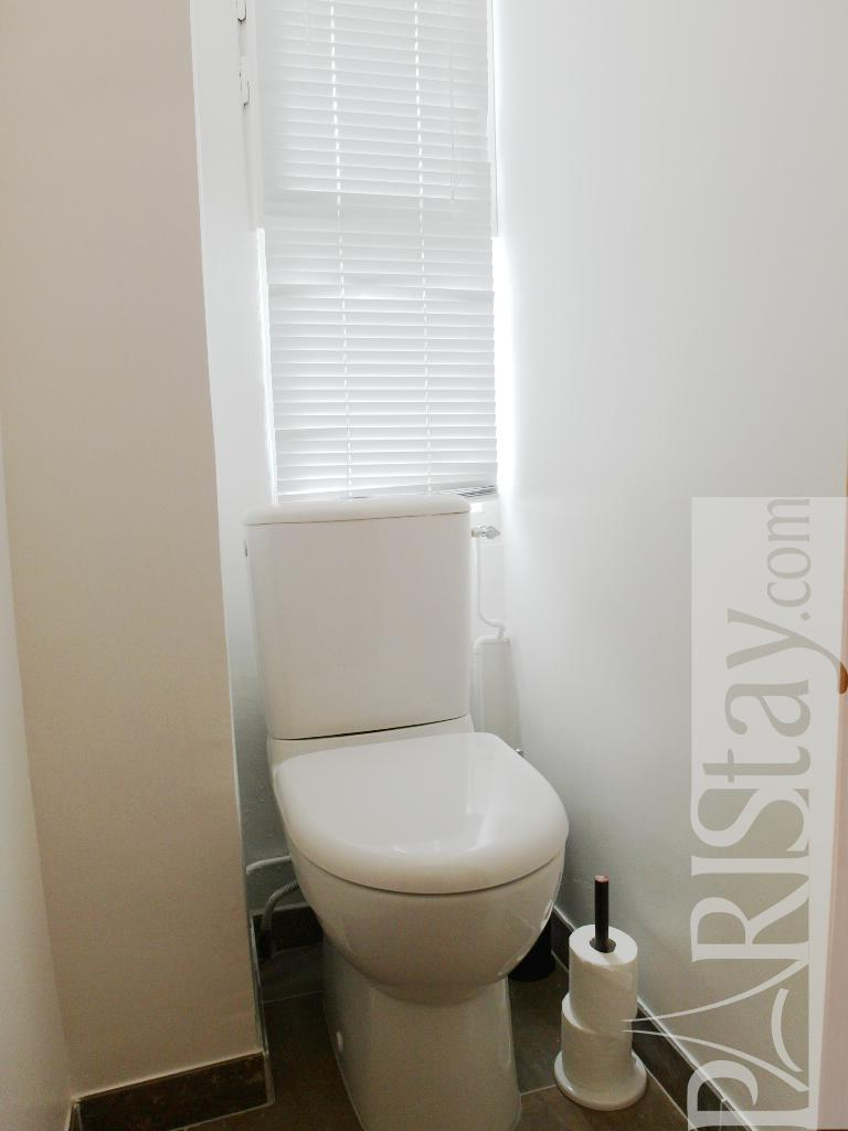 paris location meubl e appartement type t1 studio ecouffes mezzanine. Black Bedroom Furniture Sets. Home Design Ideas
