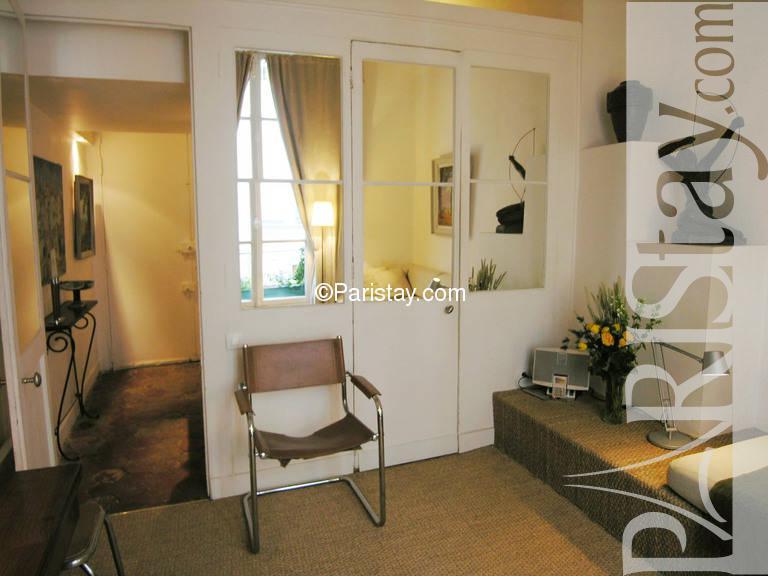 rental studio mezzanine paris montorgueil montorgueil. Black Bedroom Furniture Sets. Home Design Ideas