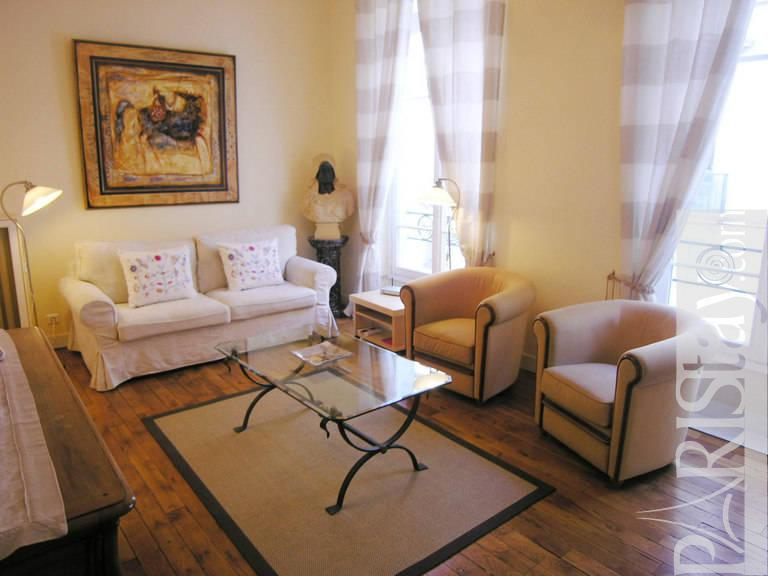 abbreviation for living room luxury 1 bedroom apartment term rental louvre 75001 14538