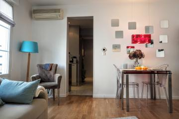Apartment Marche st honore studio