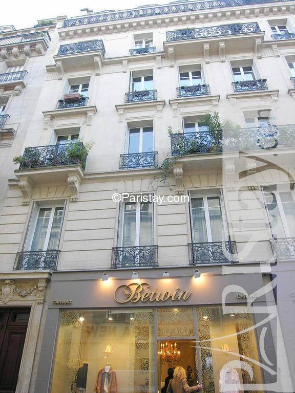 apartment for rent in paris le sentier area sentier 75002. Black Bedroom Furniture Sets. Home Design Ideas