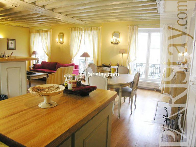 Fantastic 2 Bedroom Apartment Rental In Paris Le Marais 75003 Paris Beutiful Home Inspiration Xortanetmahrainfo