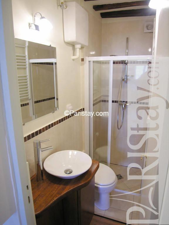 2 bedroom apartment in paris le marais nice view le marais - Magasin deco paris marais ...