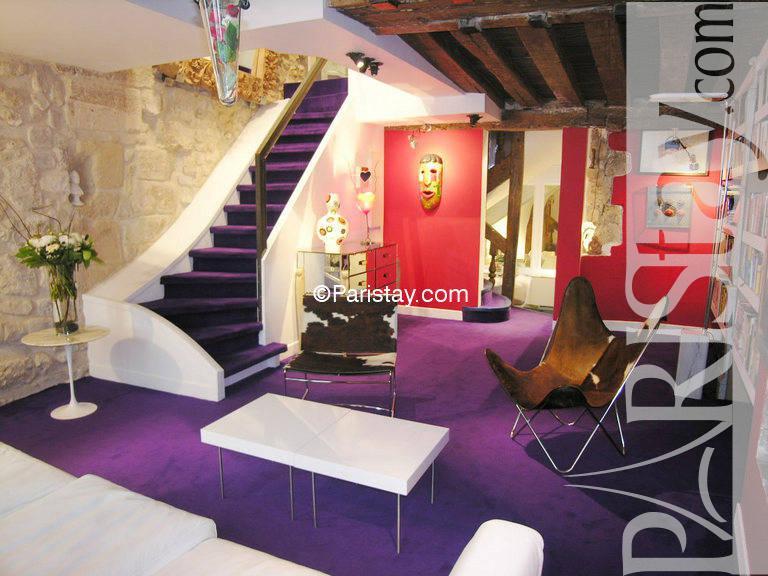 cosy loft duplex paris le marais le marais 75004 paris. Black Bedroom Furniture Sets. Home Design Ideas