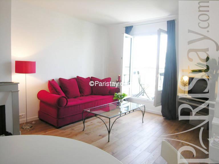 Paris location meubl e appartement type t2 place bastille - Salon de the bastille ...