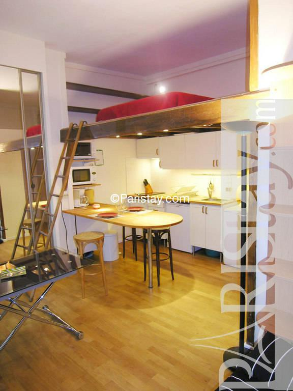 studio mezzanine paris rentals la bourse 75002 paris. Black Bedroom Furniture Sets. Home Design Ideas