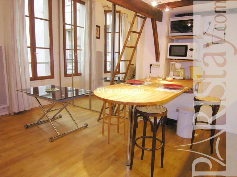 Wooden Mezzanine Floor Chiba House By Yuji Kimura Hides A