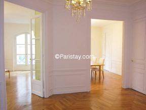 Appartement Grenelle 4 Bedrooms - type T5