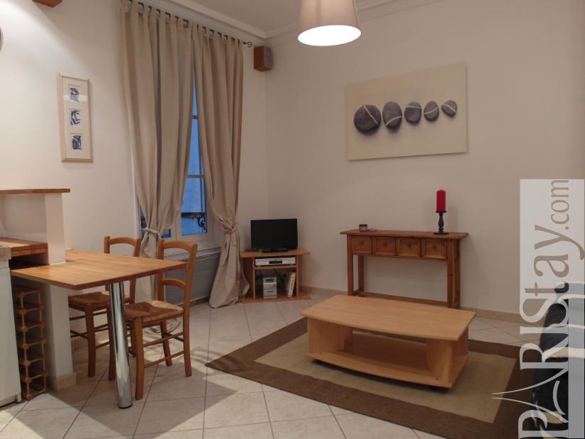 paris location meubl e appartement type t1 studio cardinet 2. Black Bedroom Furniture Sets. Home Design Ideas