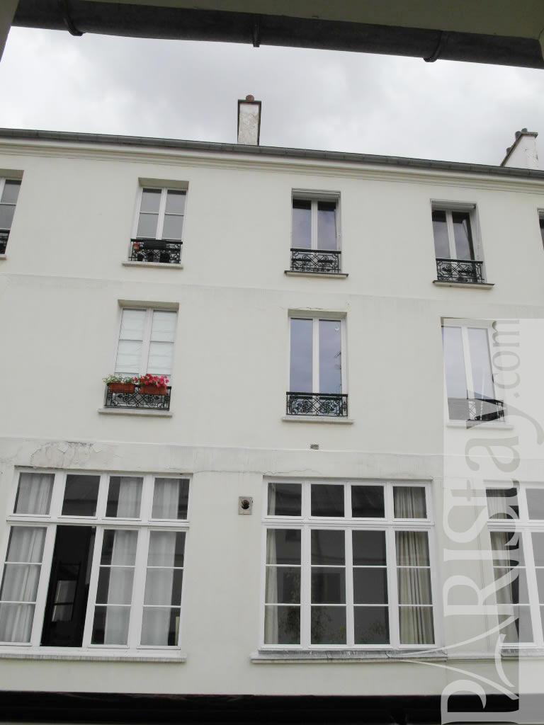 One Bedroom Apartment Rental In Paris Republique 75010 Paris