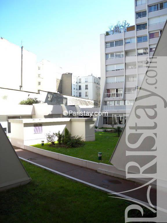 Apartment for rent in paris magenta 75010 paris for Public swimming pools paris