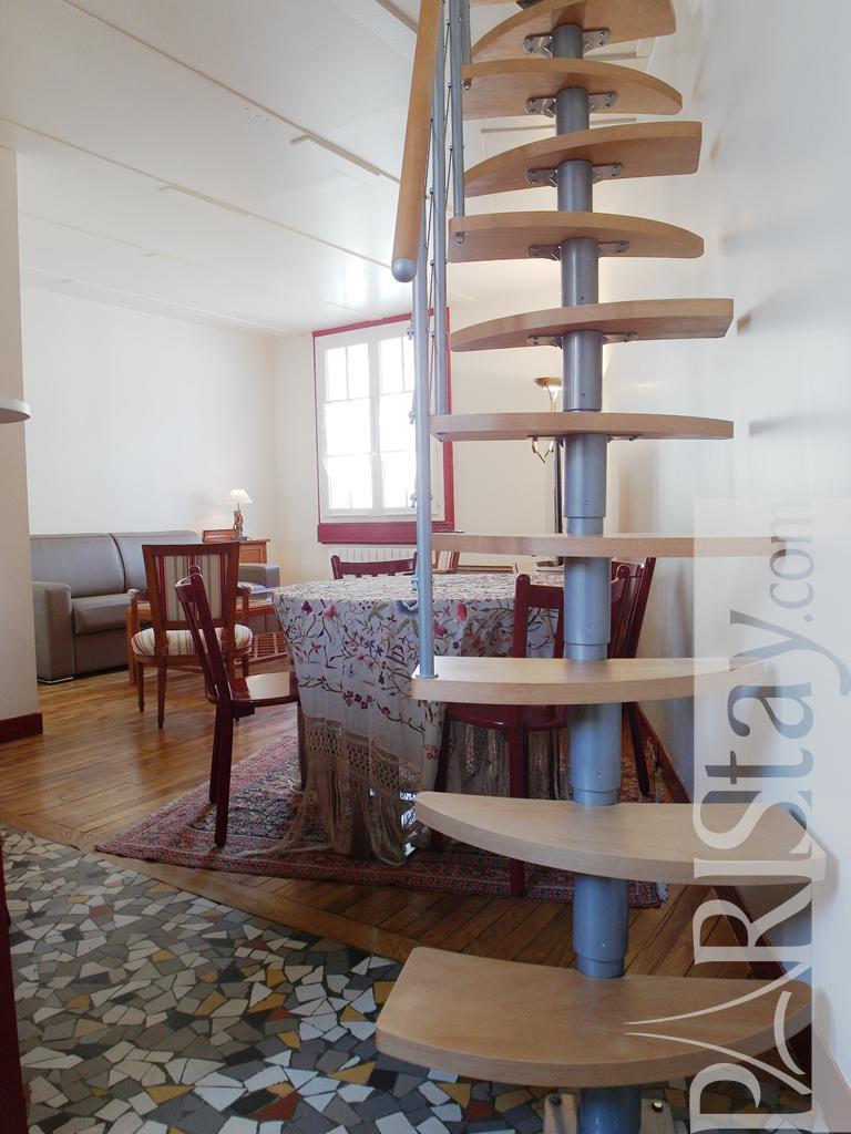 Paris location meubl e appartement type t2 convention duplex for Duplex appartement paris
