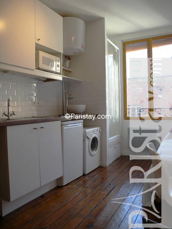 paris location meubl e appartement type t1 etudiant studio oberkampf student studio. Black Bedroom Furniture Sets. Home Design Ideas