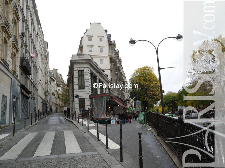 studio for rent in paris vacation sentier montorgueil 75002 paris. Black Bedroom Furniture Sets. Home Design Ideas
