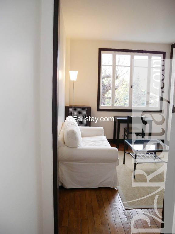 One Bedroom Apartment Long Term Rental Invalide Invalides 75007 Paris