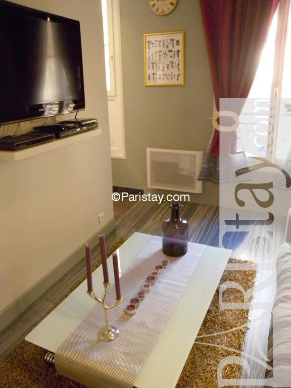 paris location meubl e appartement type t2 pere lachaise cosy. Black Bedroom Furniture Sets. Home Design Ideas