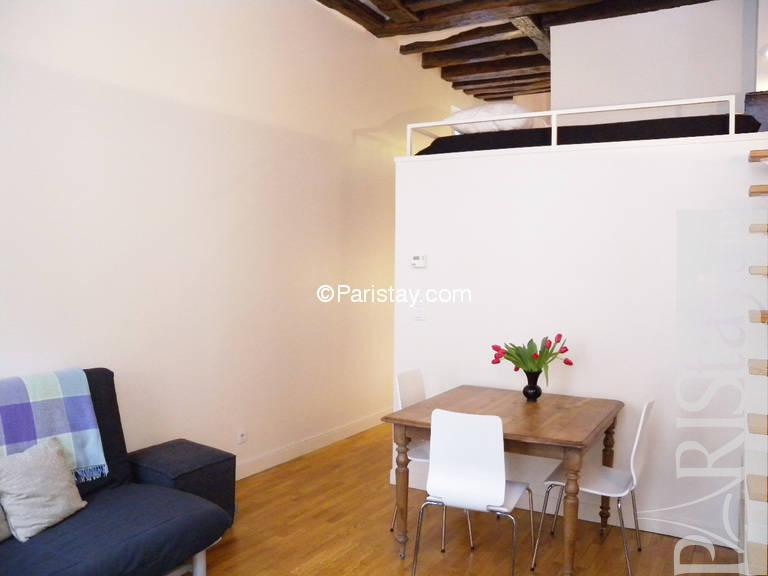 Affordable furnished alcove studio Paris apartment long term Sentier