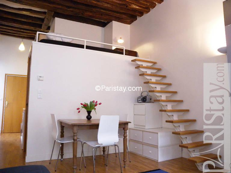 Affordable furnished alcove studio paris apartment long term sentier 75002 - Mezzanine studio ...