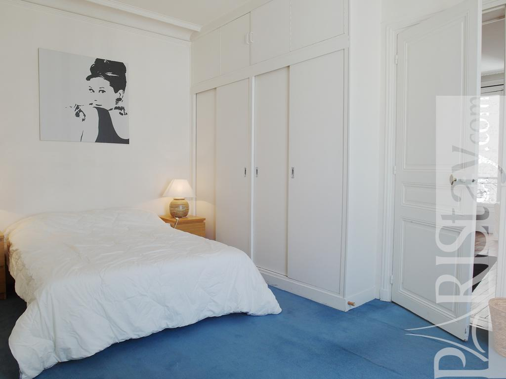 Paris location meubl e appartement type t3 armaille 2 bed - Chambre a coucher paris ...