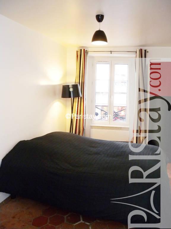 Paris location meubl e appartement type t2 acacias 1 bedroom for Chambre a coucher 1940