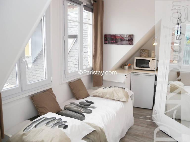 paris location meubl e appartement t1 etudiant studio maillot studette 1. Black Bedroom Furniture Sets. Home Design Ideas