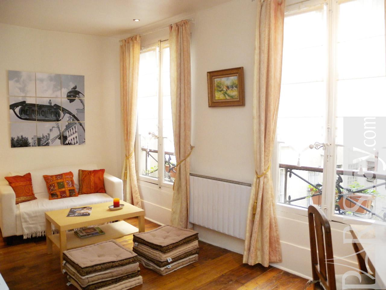 Affordable studio in Paris for long term rental Pigalle ...