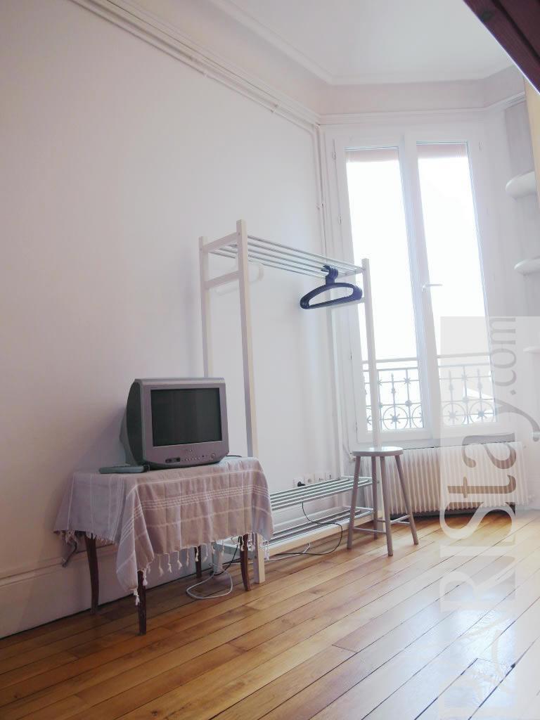 2 Bedroom Apartment Short Term Renting Paris Tour Eiffel 75015 Paris