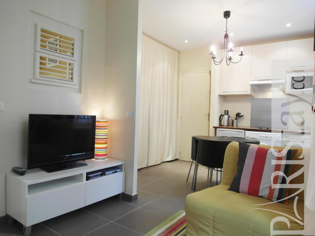 affordable 1 bedroom apartment long term renting paris batignolles