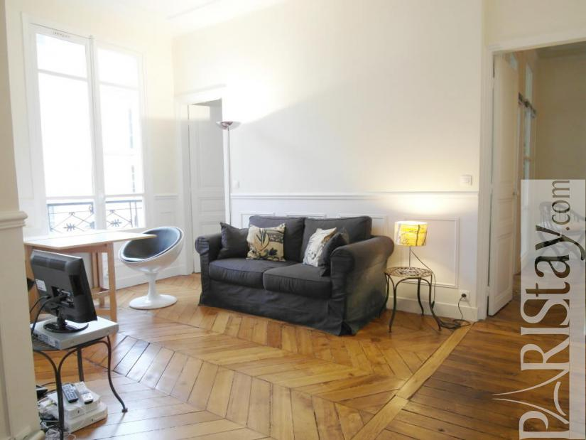 2 Bedroom Apartment Long Term Renting Paris Letting Louvre 75001 Paris