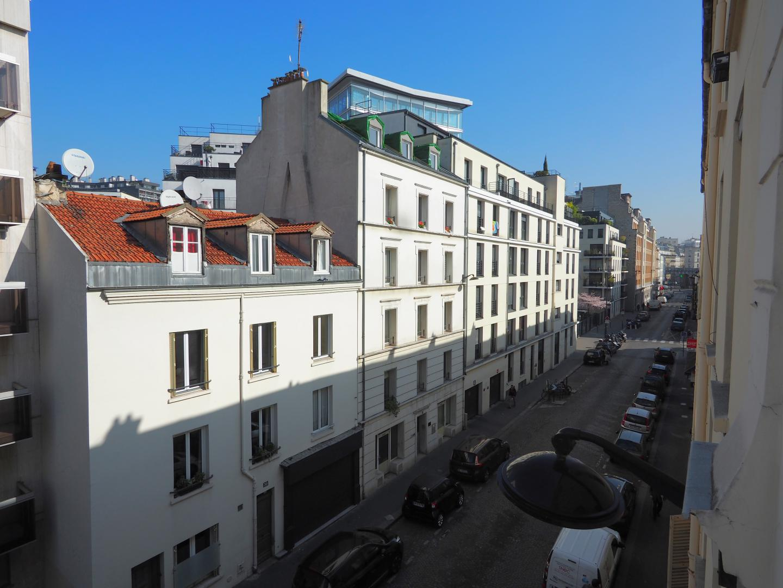 Affordable studio long term rent housing Tour Eiffel 75015 ...