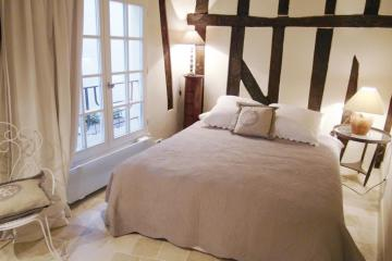 Apartment Bourg Tibourg Marais