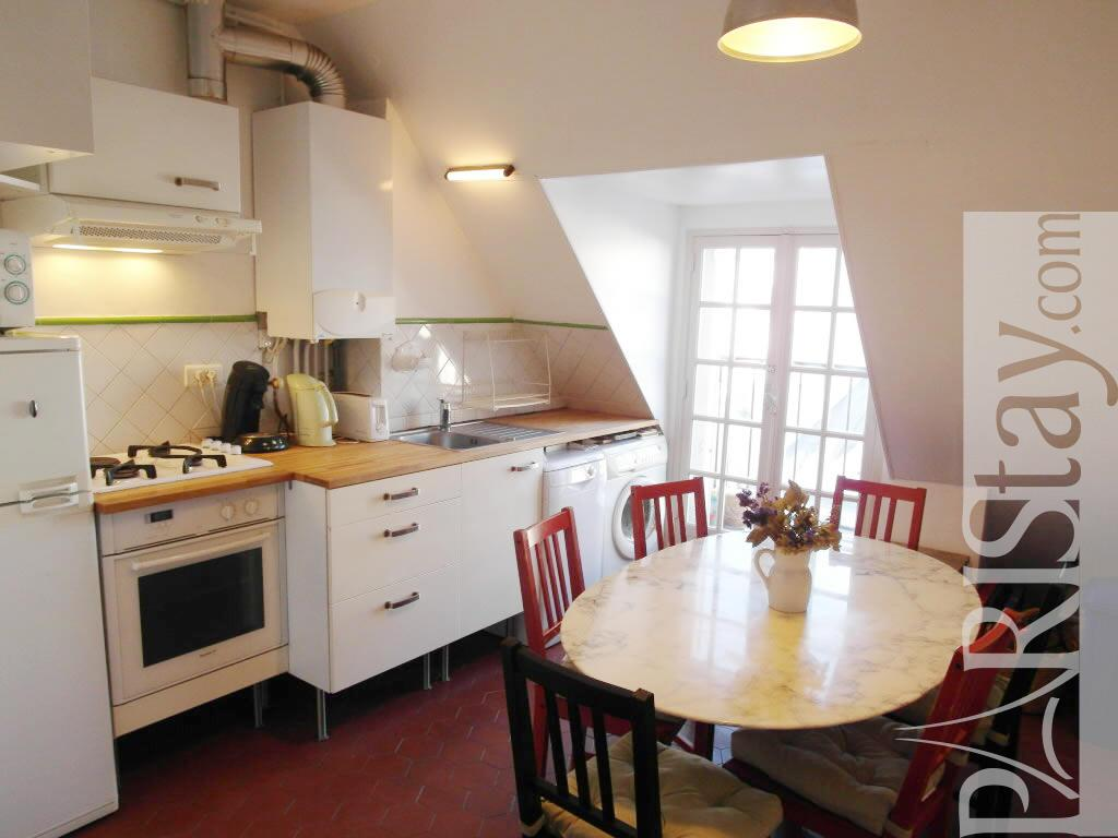 3 bedroom affordable apartment long term rental pigalle