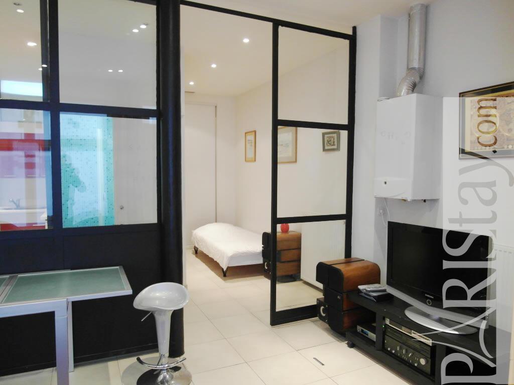 Paris location meubl e appartement type t1 studio delta loft for Appartement type loft