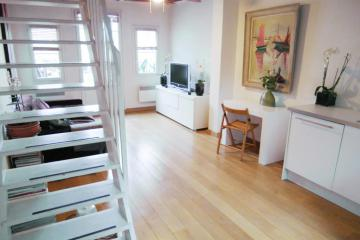 Apartment St Denis 36 Duplex A