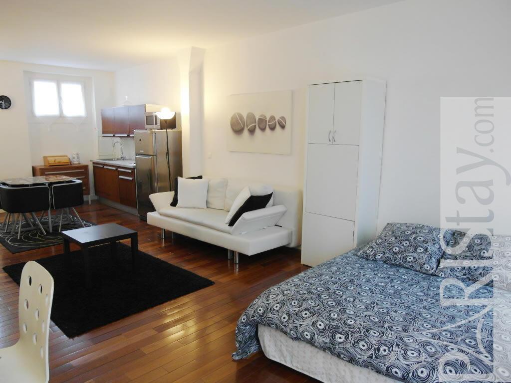 Paris location meubl e appartement type t1 studio bastille - Salon de the bastille ...