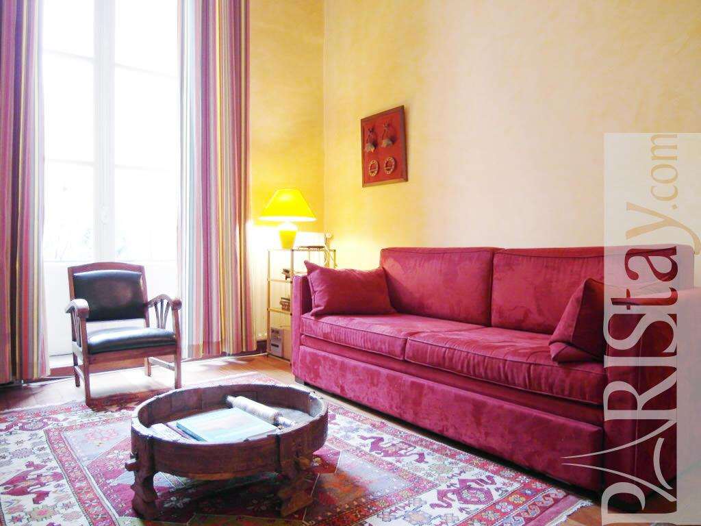 1 Bedroom Mezzanine Paris Lettings Short Term Rental Le Marais 75004 Paris