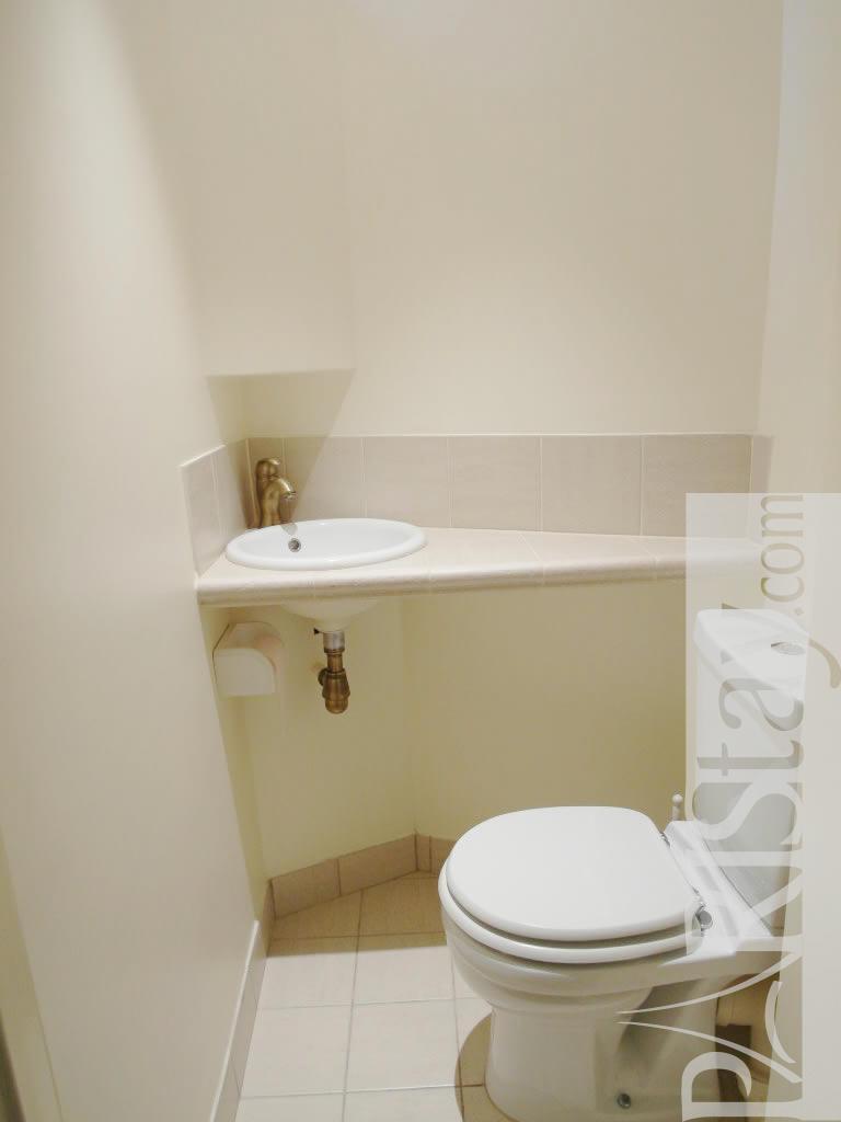 paris location meubl e appartement type t2 saint germain flore terrace. Black Bedroom Furniture Sets. Home Design Ideas