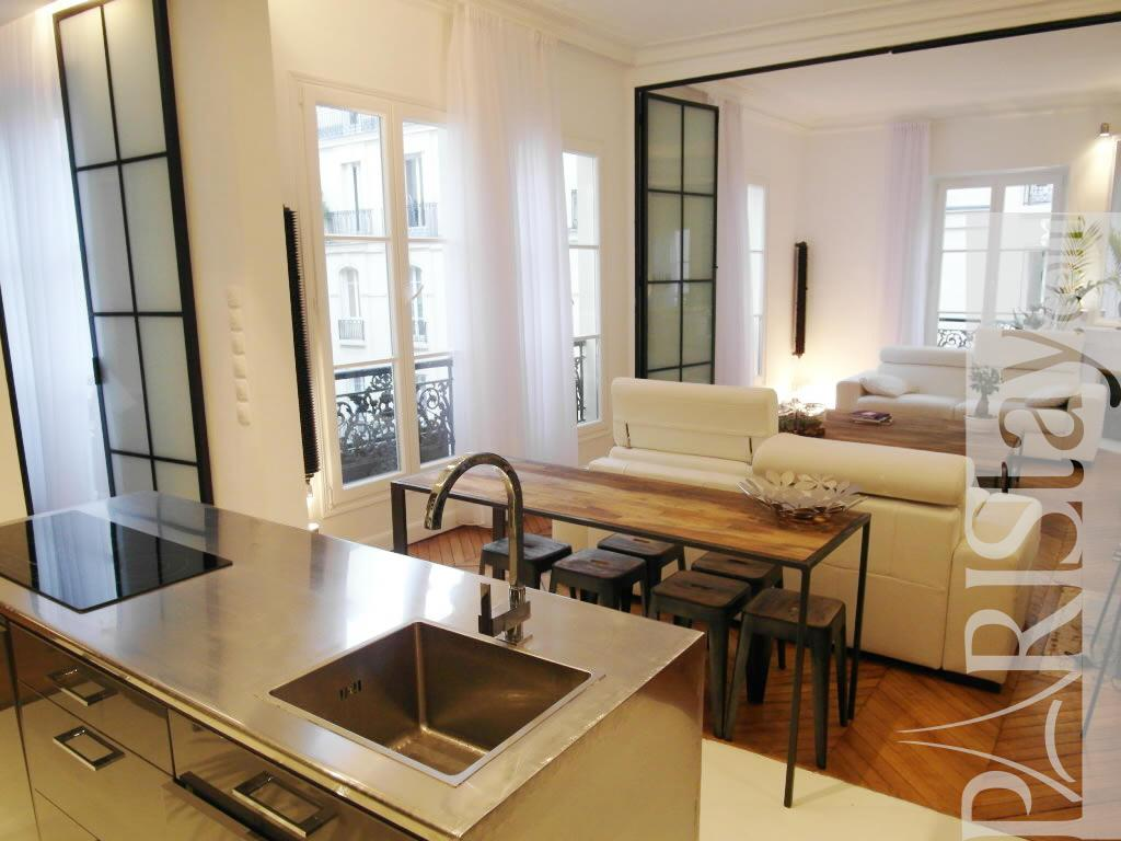 2 bedroom loft luxury apartment renting grands boulevards for Bedroom door ideas loft apartment