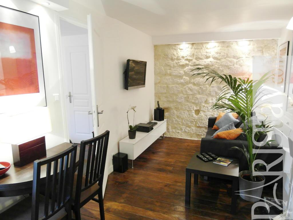 1 bedroom apartment long term paris madeleine concorde - One and two bedroom apartments for rent ...