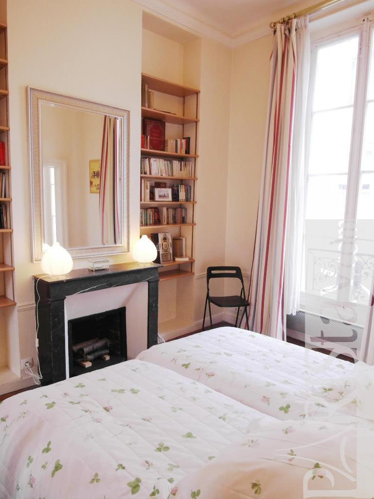 1 Bedroom Apartment Short Term Renting St Germain Des Pres