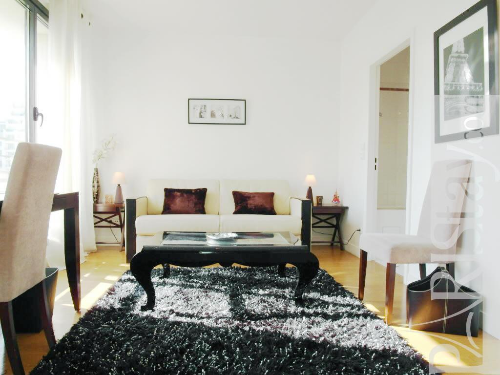 paris location meubl e appartement type t1 studio marcel. Black Bedroom Furniture Sets. Home Design Ideas