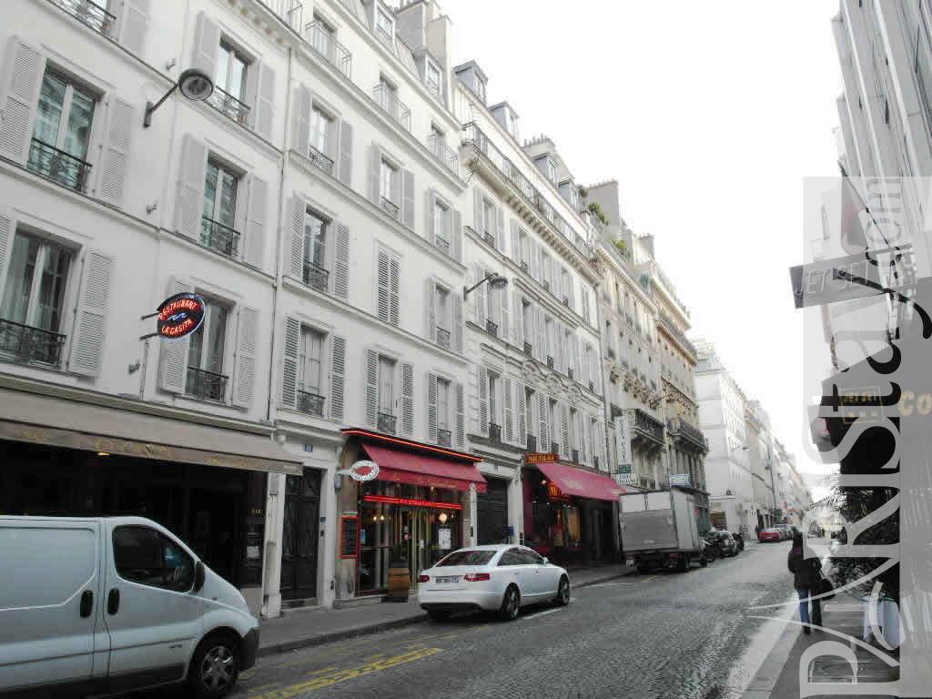 Paris location meubl e appartement type t2 washington for Appartement paris location