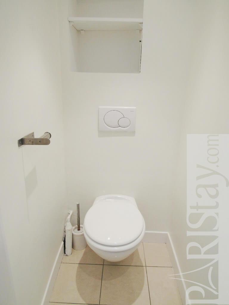 paris location meubl e appartement type t2 st honore louvre. Black Bedroom Furniture Sets. Home Design Ideas