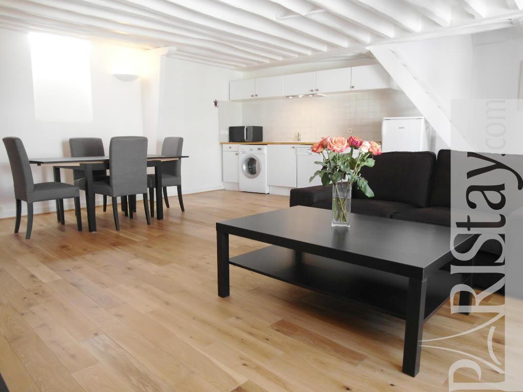 paris location meubl e duplex type t2 madeleine vignon. Black Bedroom Furniture Sets. Home Design Ideas