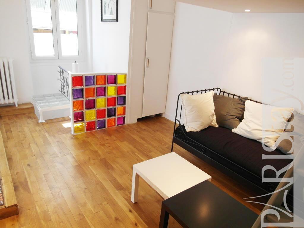 2 Bedroom Apartment Short Term Renting Paris Montmartre