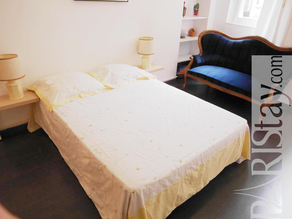 Paris location meubl e appartement type t2 etoile monceau for Chambre a coucher 93