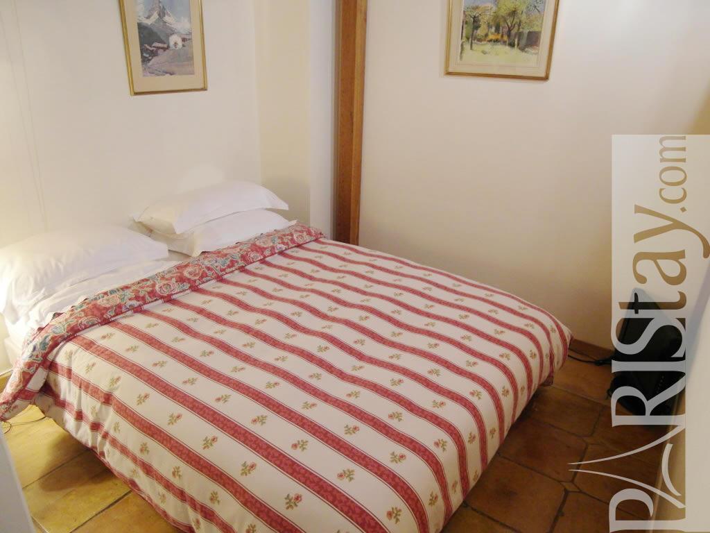 1 Bedroom Flat Vacation Renting Paris Ile St Louis 75004 Paris